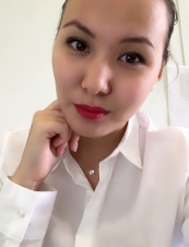Utaka Thao  31 y.o. from USA