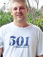 Larry 49 y.o. from USA