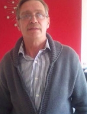 raymond 62 y.o. from UK
