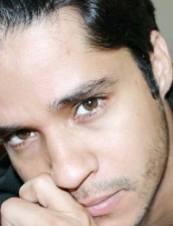 Sandro 39 y.o. from Canada