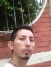 adrian 35 y.o. from El Salvador