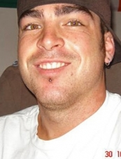 chris 36 y.o. from USA