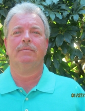 neal 57 y.o. from USA